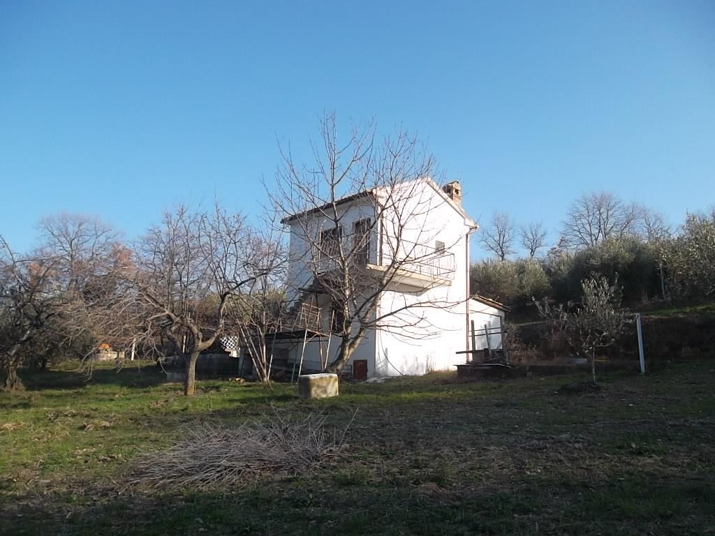 rif 982 San Buono – Cottage sbocciato dalla natura – € 90.000