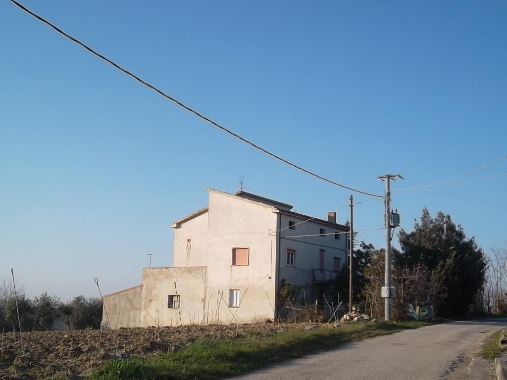 rif 965 – Villalfonsina – Casolare con terrazza vista mare –