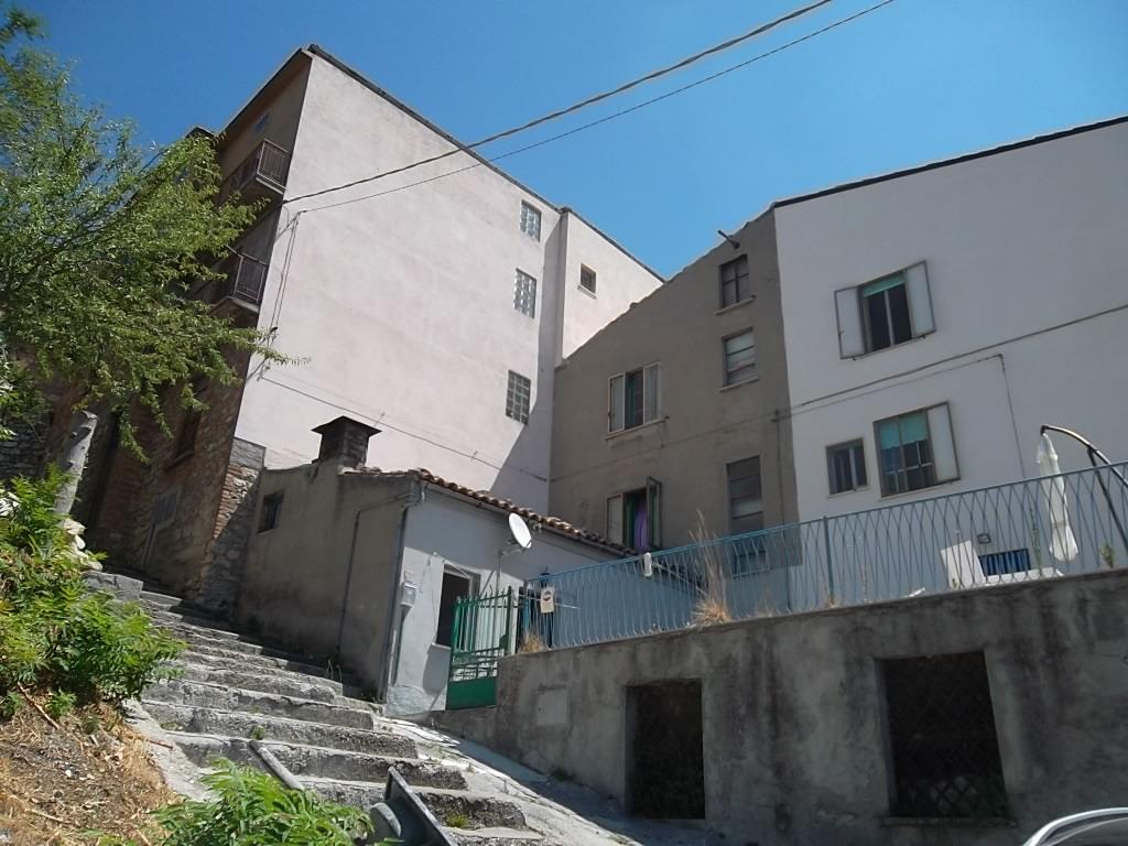 rif 1015 – Liscia (CH) – Casa di paese abitabile – € 40000 trattabili