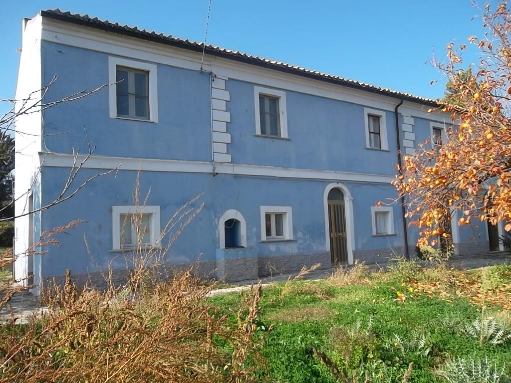 rif 1013 – Scerni – Casolare con terreno – € 80000