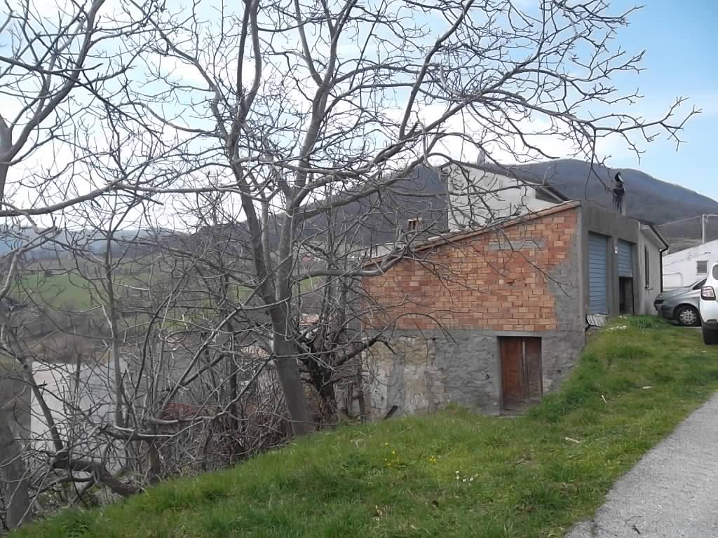 rif 997 – San Buono –  Fabbricato e terreno – € 13.000