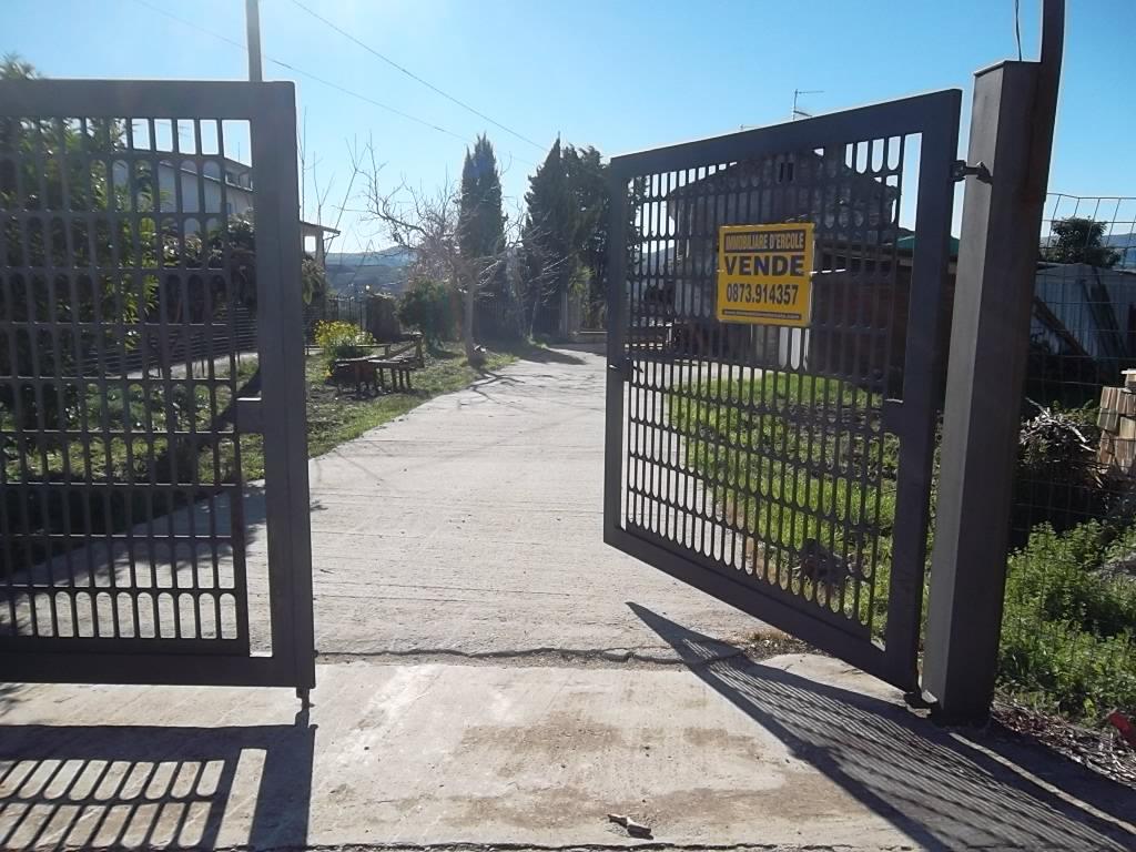 Rif 1050 – Scerni – Casolare e giardino –  € 65000
