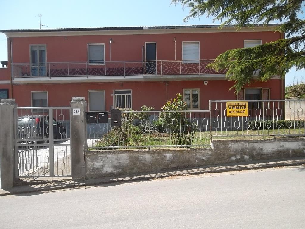 rif 1063 – Scerni – Appartamento e giardino – € 47000