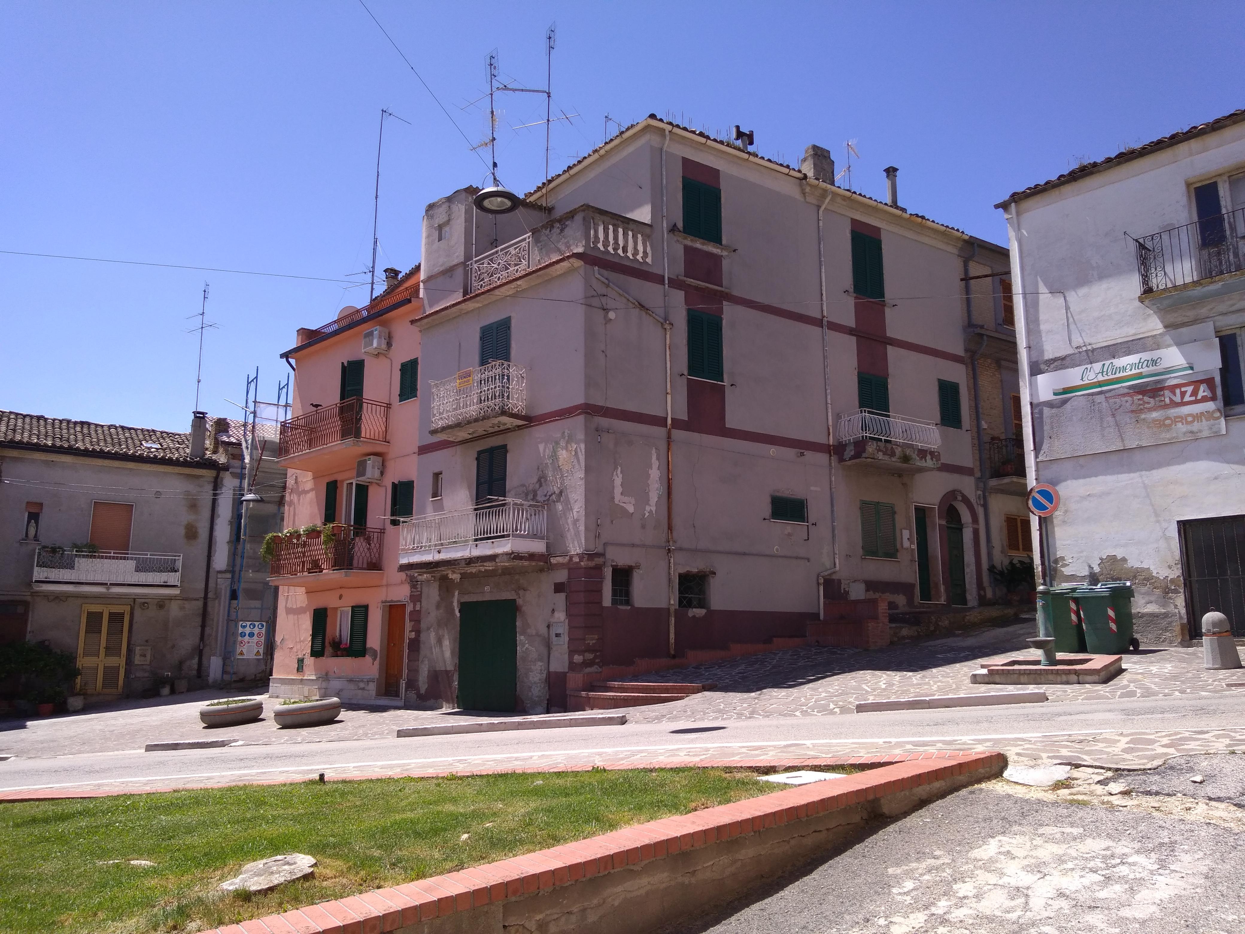 rif 1068 – Casalbordino (CH) – Porzione di abitazione in centro – € 40000 SENZA COSTI AGENZIA