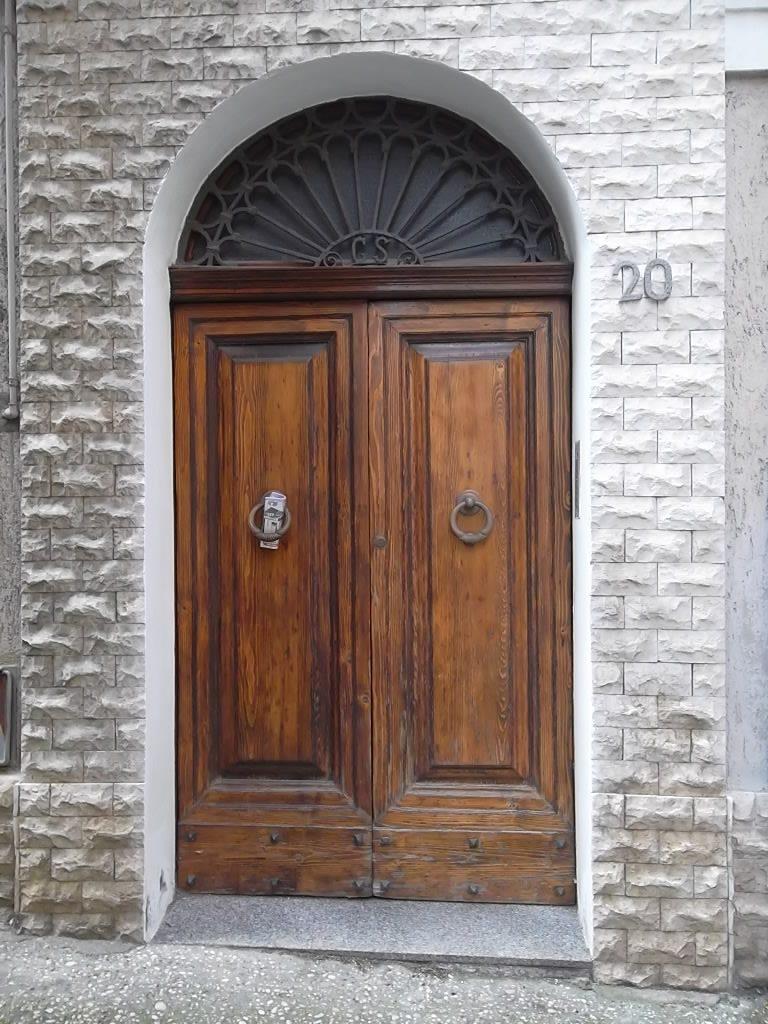 rif 1076 Casalbordino (CH) – Casa antica in centro – € 90.000