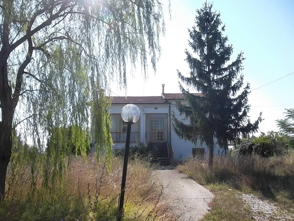 rif 959 Pollutri (CH) – Cottage con giardino e vista mare – € 150.000