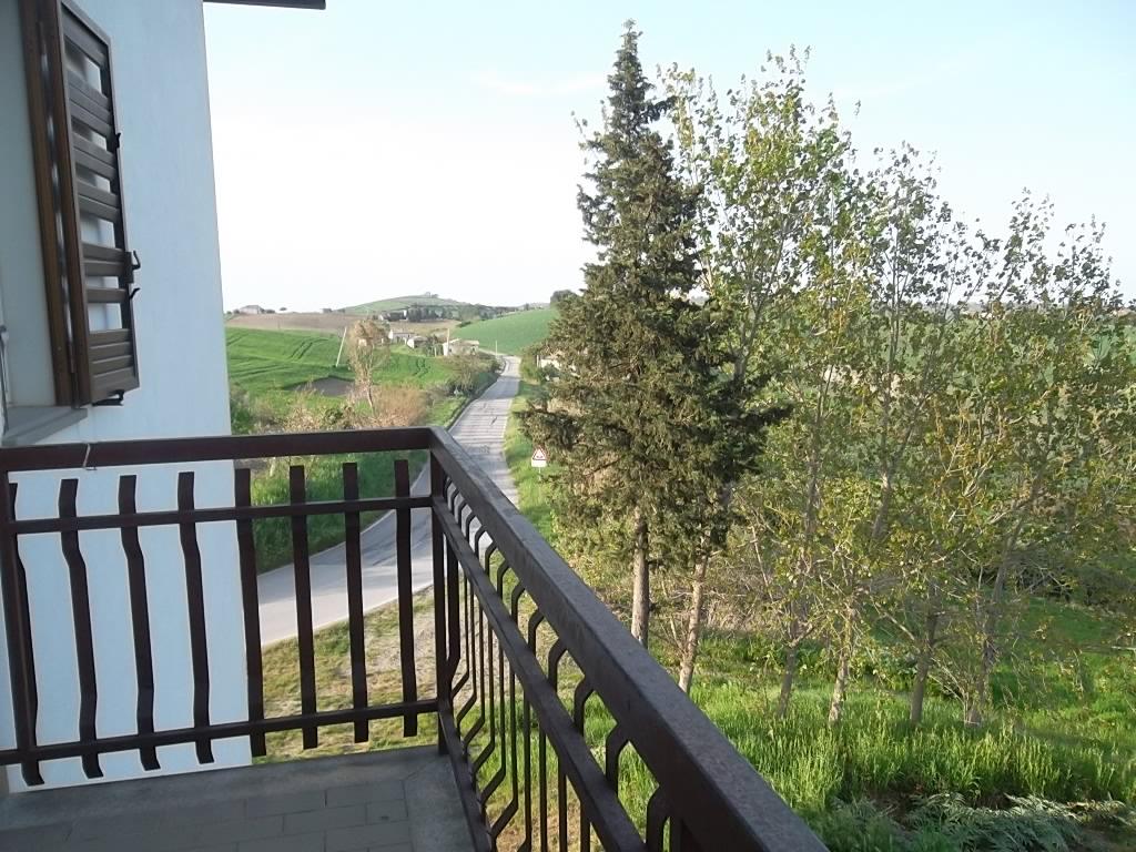 rif 1096 Casalanguida  (CH) – Villa con giardino – € 220000
