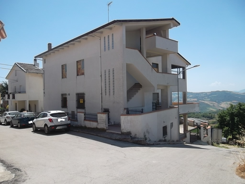 rif 1145 Lentella (CH) – Appartamento con terrazzo panoramico