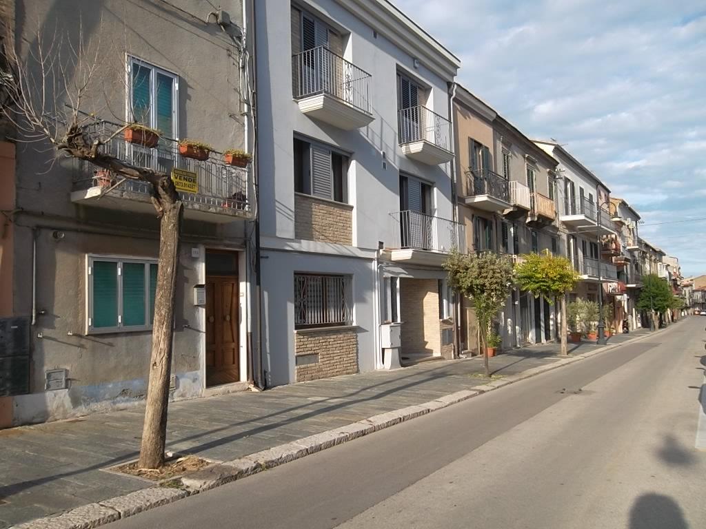 rif 1154 Scerni (CH) – Casa di paese 4 camere da letto – € 60.000