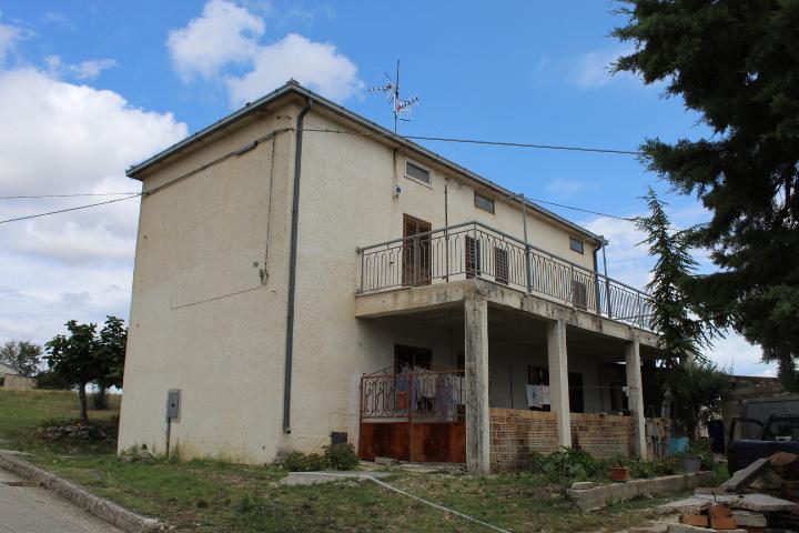 rif 1208 Casalanguida (CH) – Casolare con terrazzo panoramico –