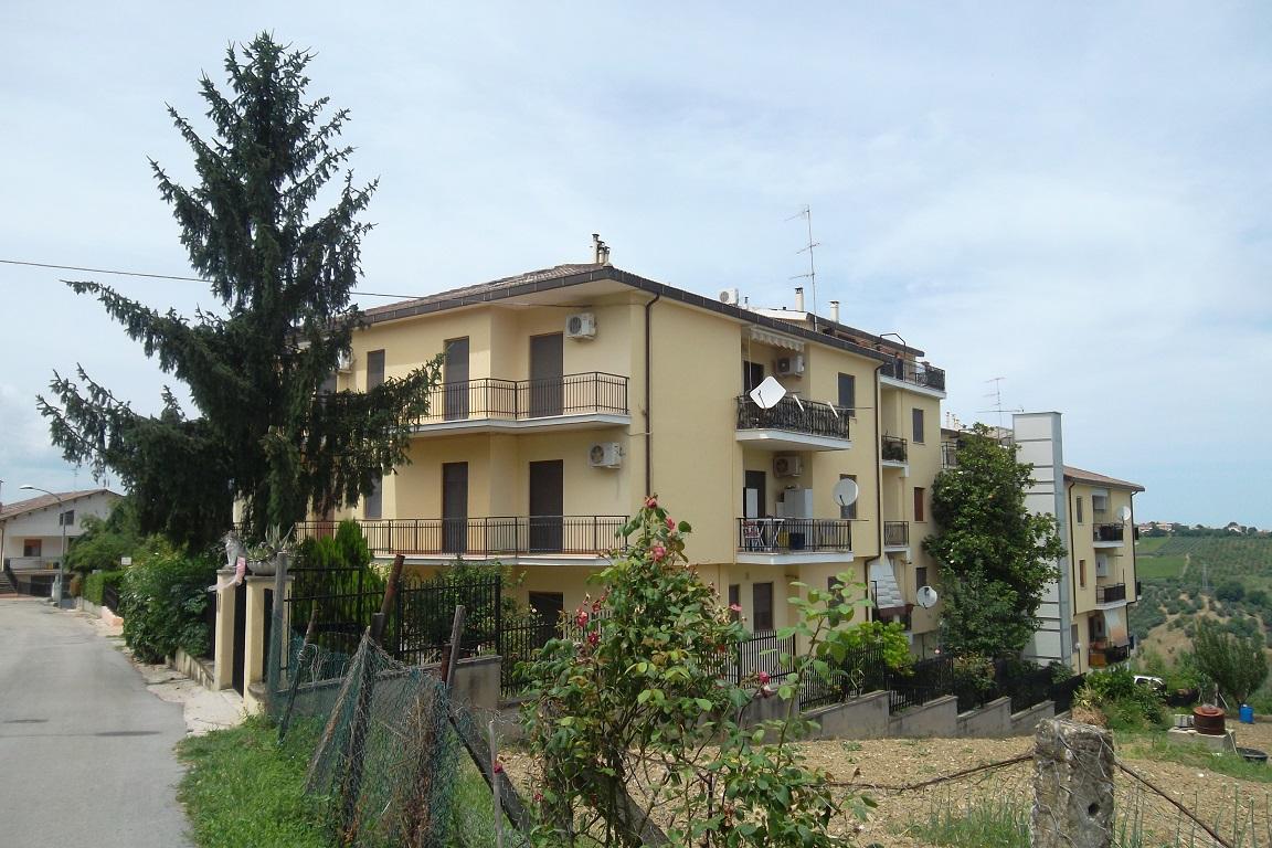 rif 1102 Scerni (CH) Appartamento abitabile con garage – € 110000