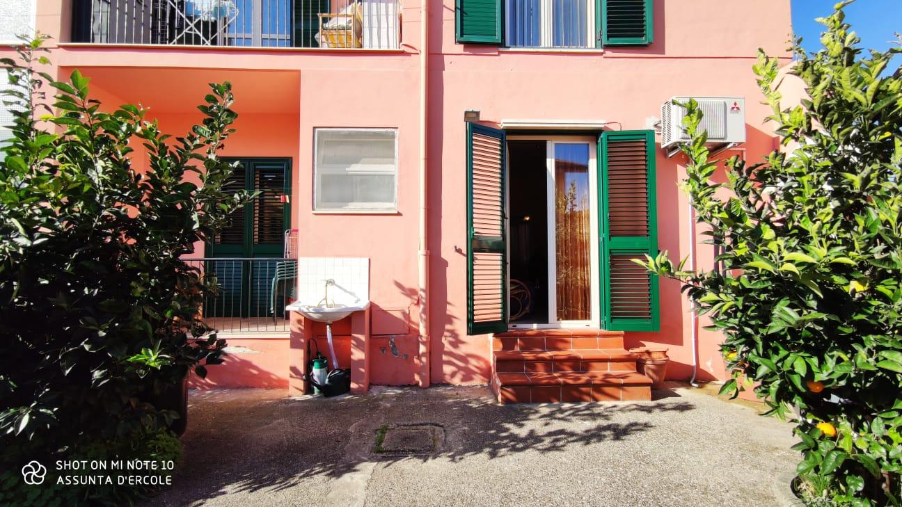 Rif 1210 Casalbordino – Abitazione con giardino in centro – € 90000