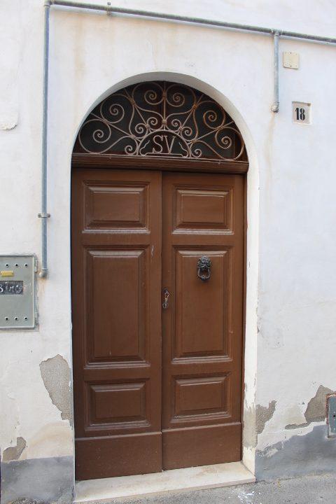 Rif 1212 Pollutri – Casa antica nel borgo – € 60.000