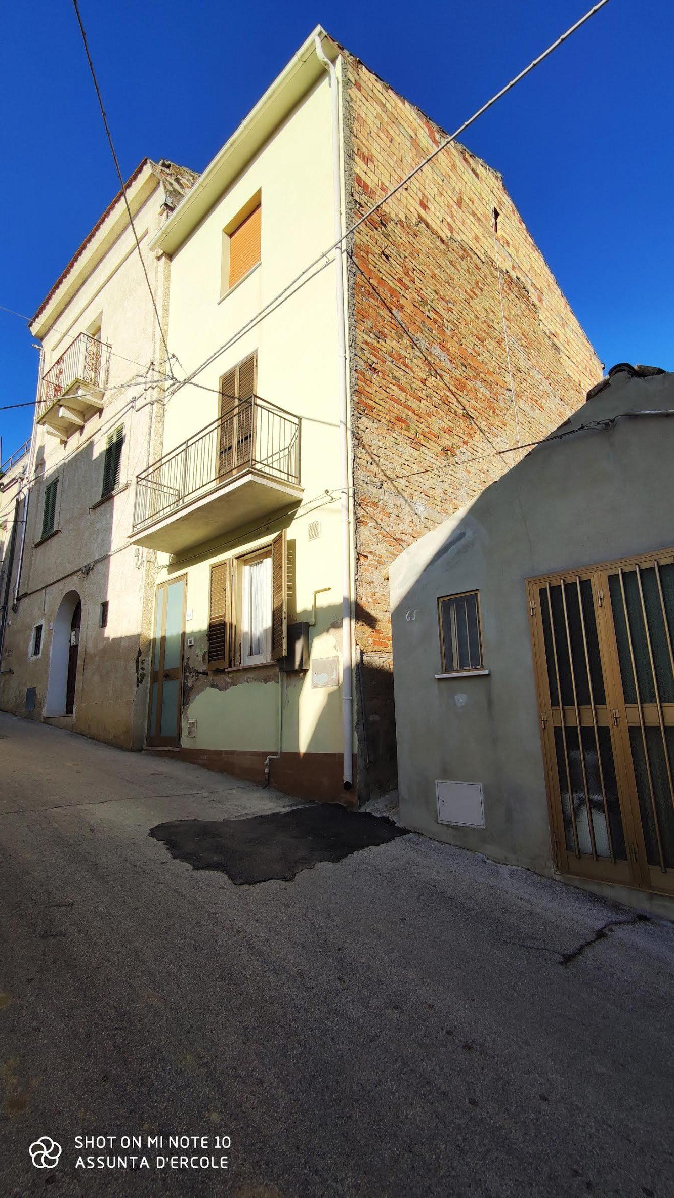 rif 1218 Scerni (CH) Abitazione con vista panoramica – € 60000