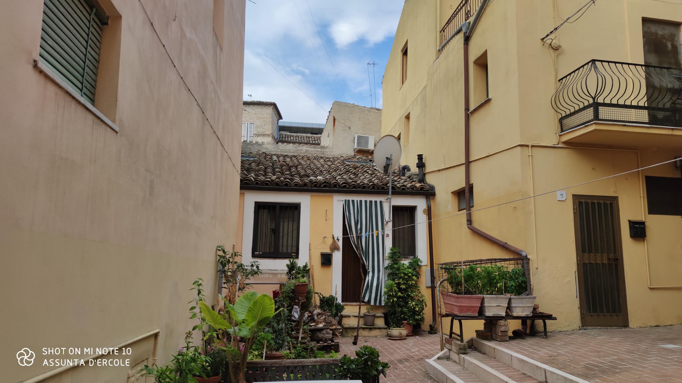 Rif 1217 Scerni (CH) – Casa in centro storico abitabile – € 55000