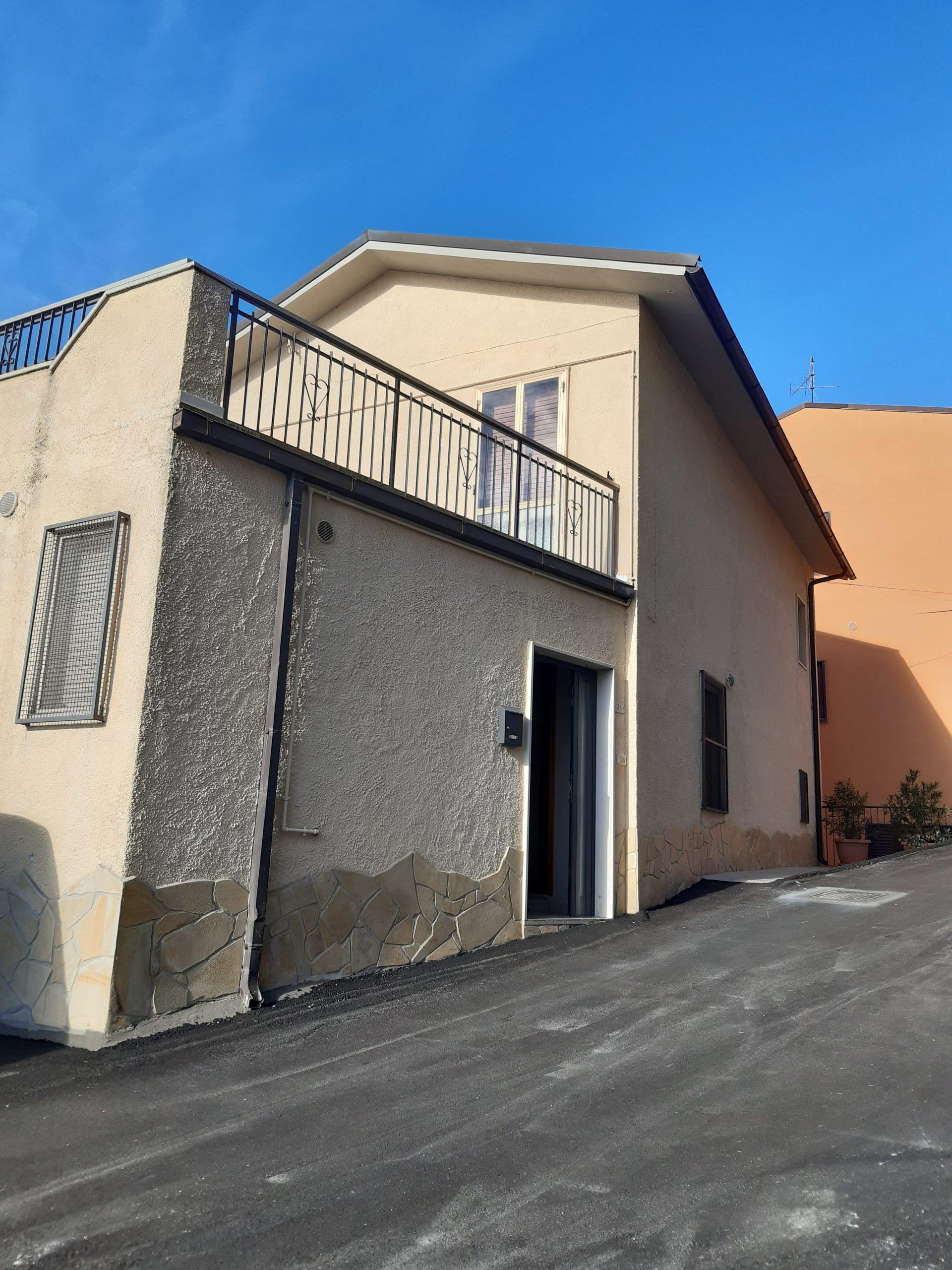 rif 1227 Celenza sul Trigno – Porzione di abitazione con garage e terrazzo panoramico – € 55000