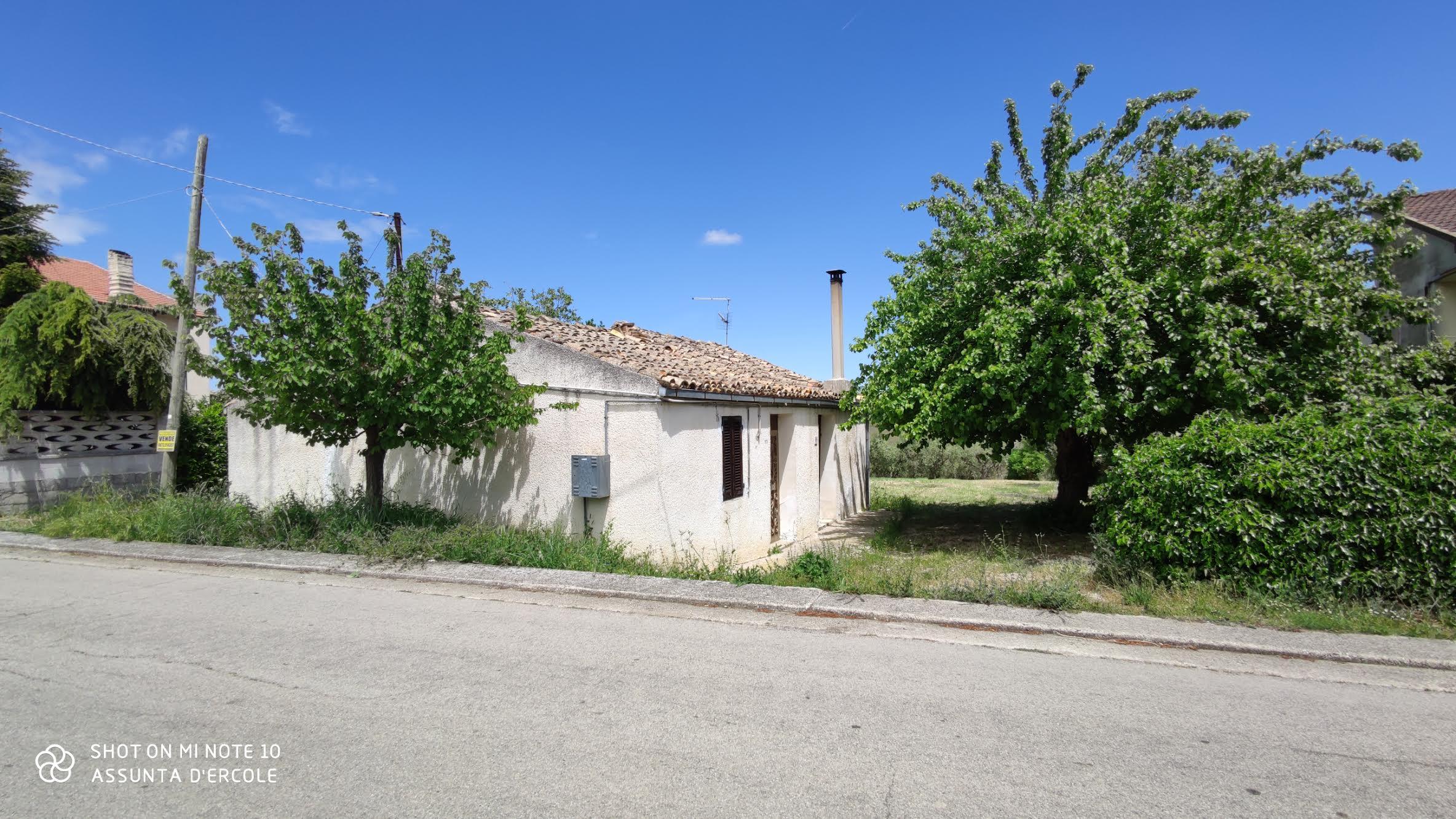 Rif 1239 – Scerni (CH) – Cottage & terreno – € 40000