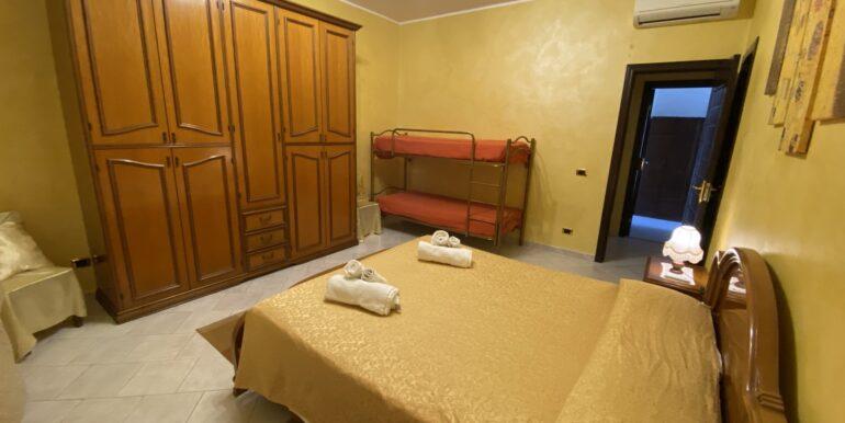 Camera doppia con bagno privato (3)