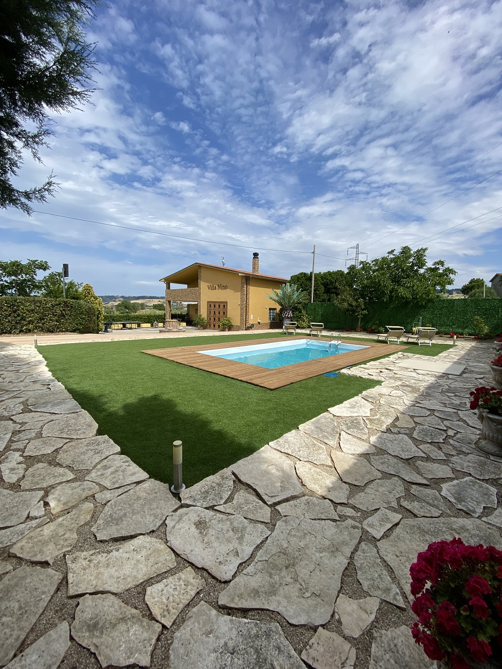 Rif 1273 Petacciato (CB) – Villa con piscina vista mare – €340000