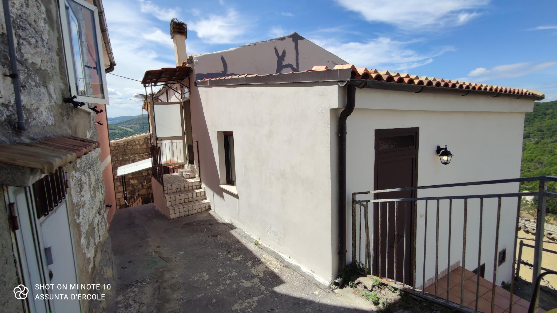 Rif 1296 Fresagrandinaria (CH) – Casa abitabile con vista panoramica – € 79000